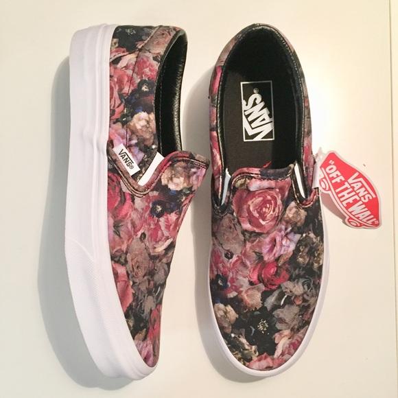 da47c6e40e Moody Floral Rose Vans Sneakers